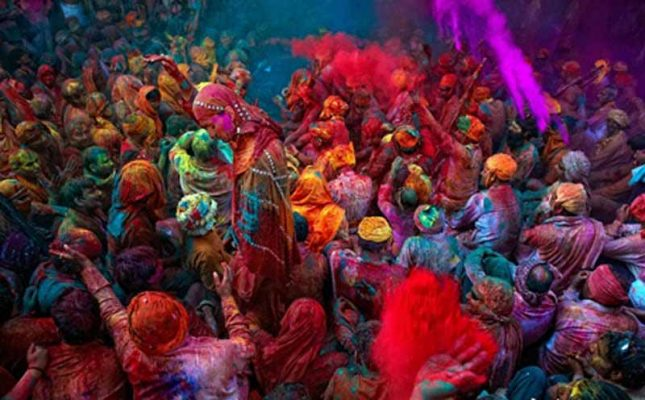 viajar festival holi india
