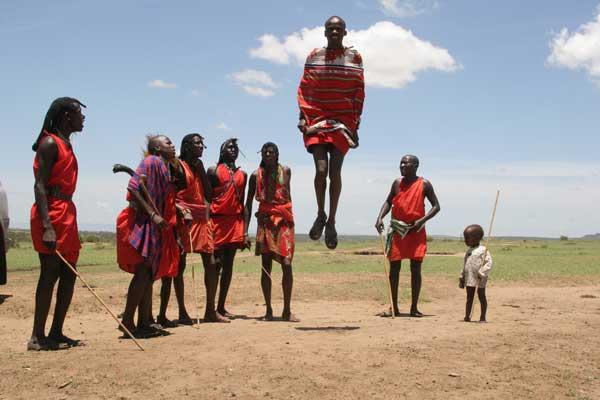 VIAJES A KENIA: Ruta Masai