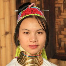 VIAJE A TAILANDIA: Gran circuito Mujeres Jirafa en grupo