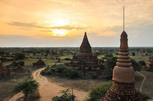 Viajar a Myanmar con Viajes Nakara