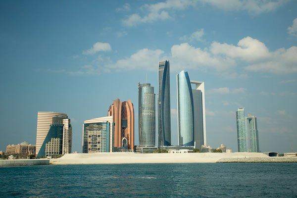 VIAJE A EMIRATOS ARABES: Descubre Abu Dhabi